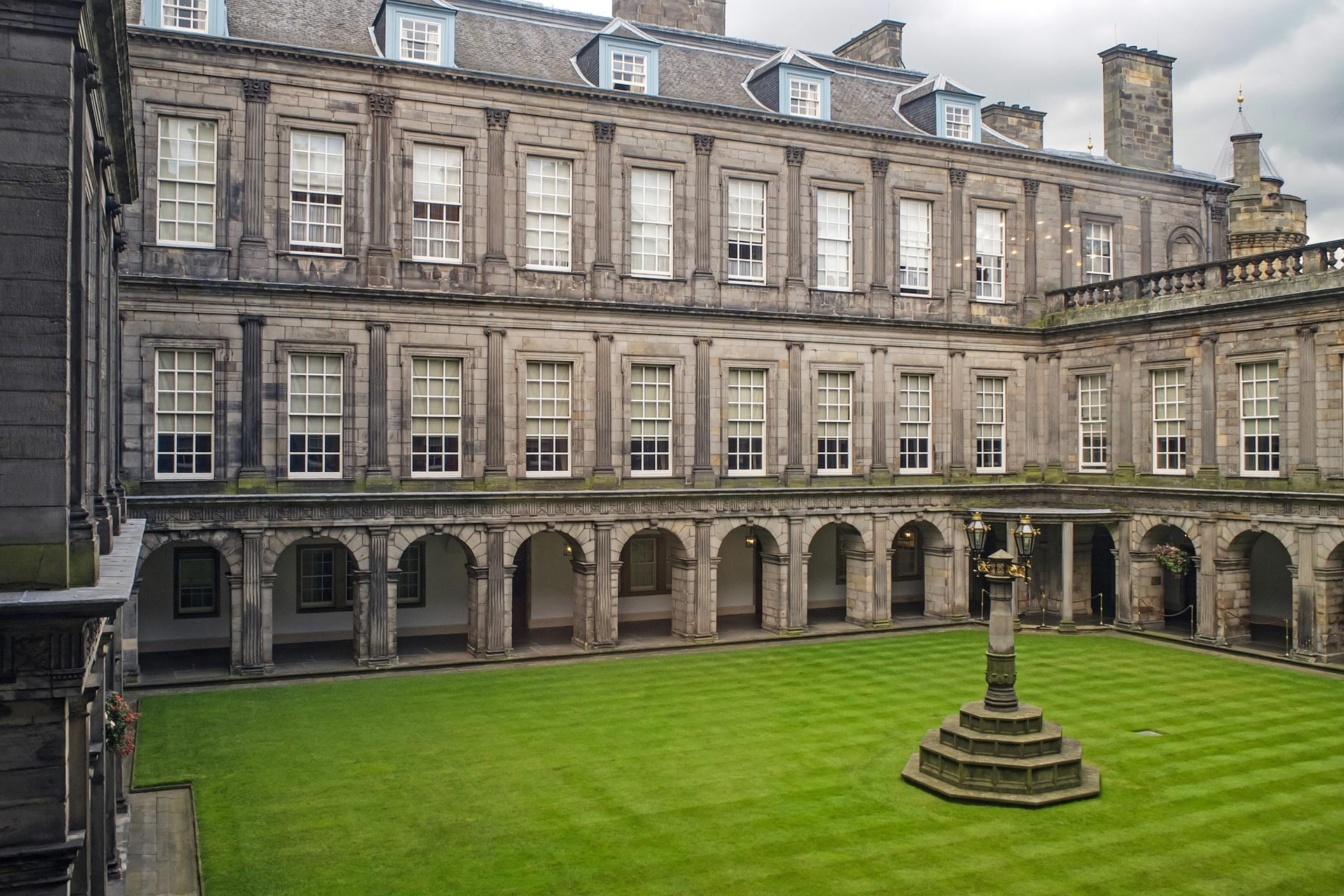 Scotland – Radical Changes to Local Government Funding Called For