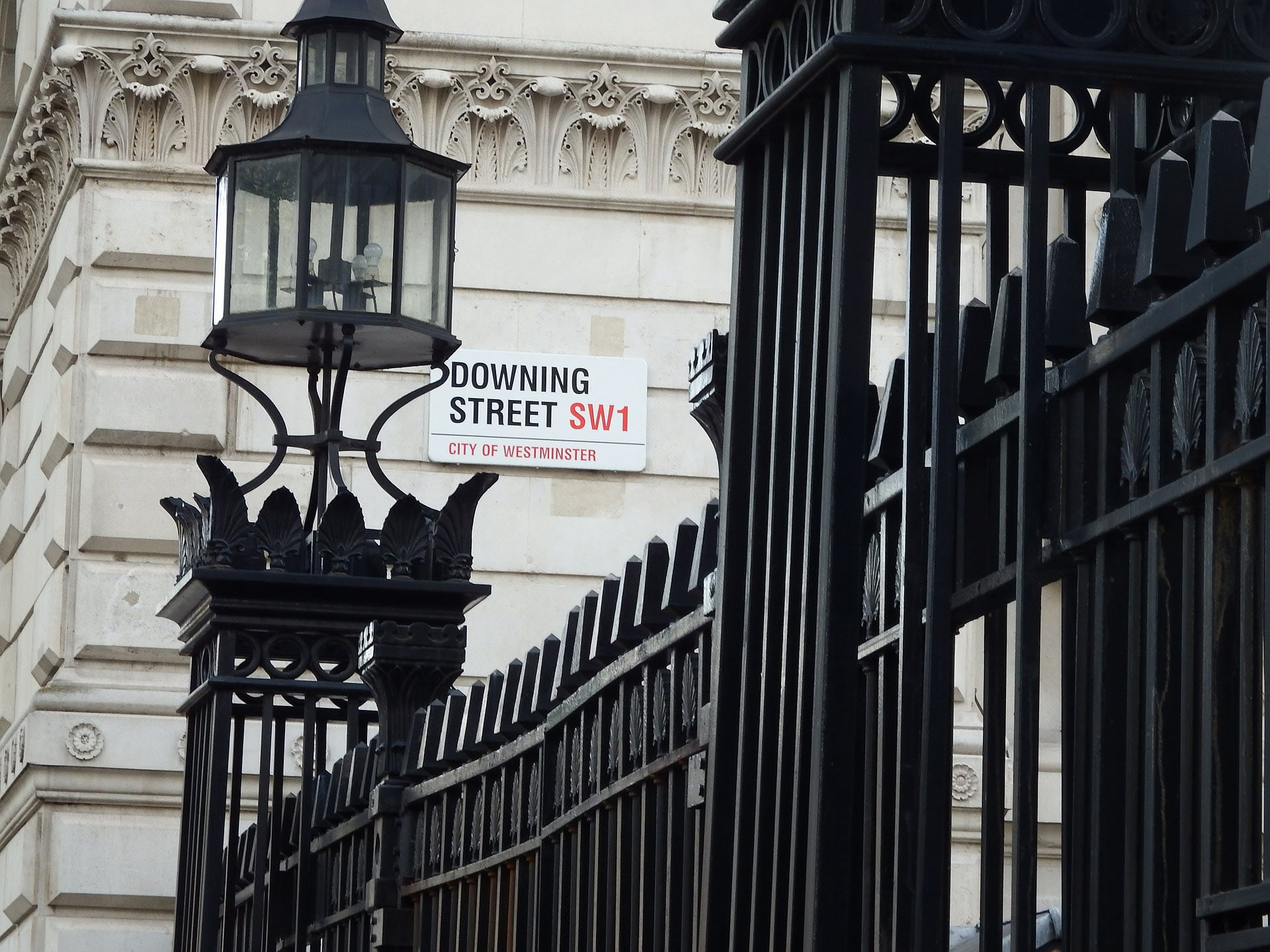 What Boris Johnson Is Missing When He Talks About Procurement