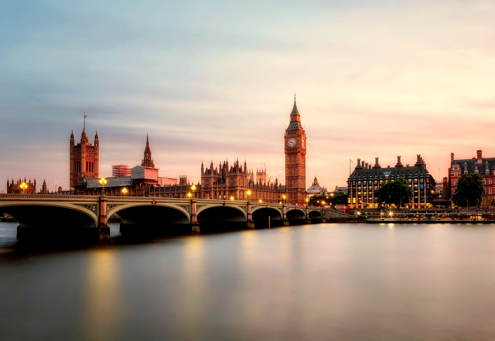 UK Government Industrial Strategy Says It Will Improve Public Procurement