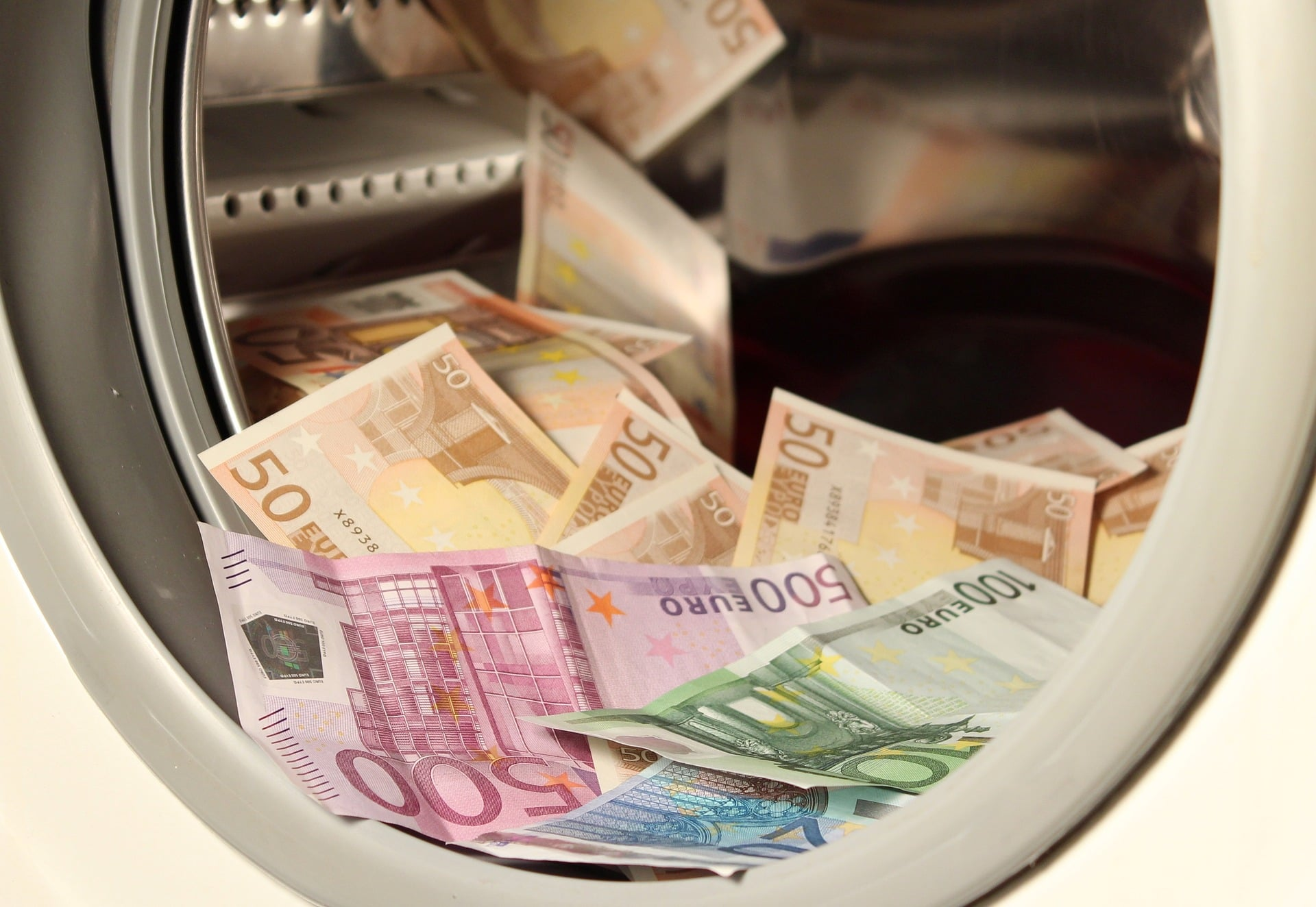 Global Effectiveness At Stopping Money Laundering Stands At 32%