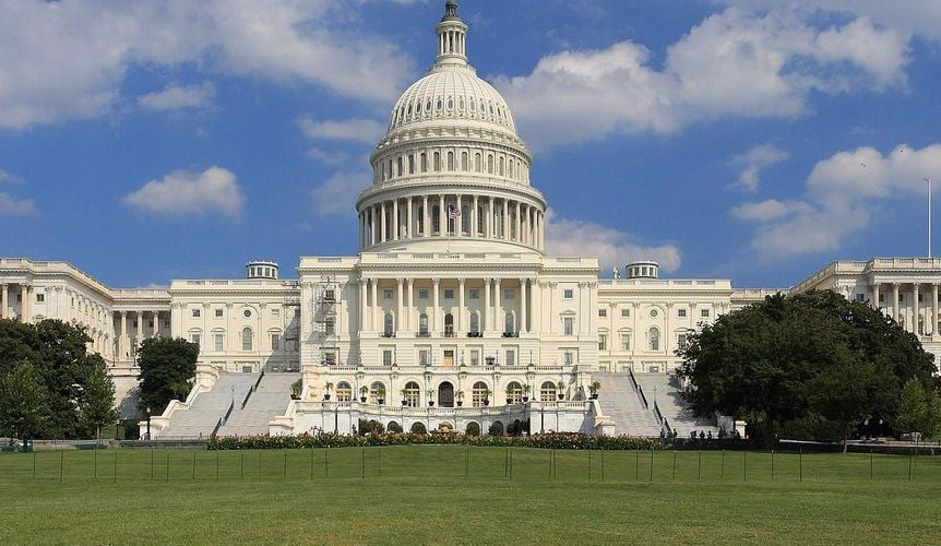 Acquisition Reform Panel Presents Initial Findings to Congress