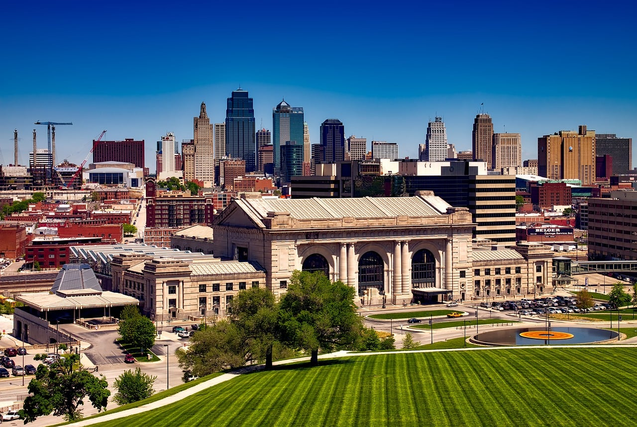 Cooperative Buying Pays Off for Kansas City