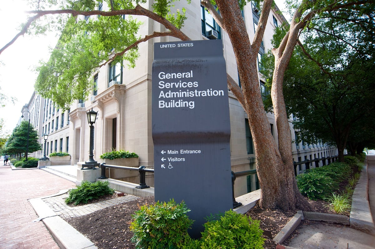 GSA Assumes Risk in EIS Transition